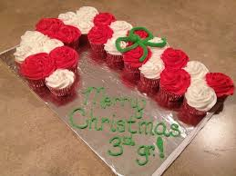 Pull Apart Cake Christmas Candy Cane Pull Apart Cupcake Cake - Pull apart cupcake designs