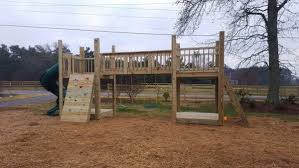 your diy kyle and jessica from georgia built a backyard playset