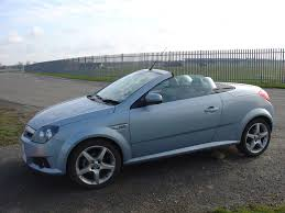 vauxhall india vauxhall tigra roadster 2004 2009 photos parkers