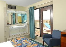 Comfort Suites Va Beach Penthouse Suite With Jacuzzi At The Breakers Resort Inn On The