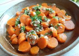 cuisiner des carottes en rondelles la soupe à la citrouille salade de carottes vinaigrette à échalote