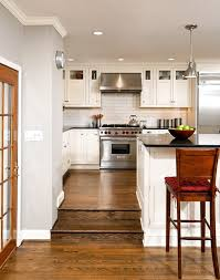 Traditional Island Lighting Dc Metro Wolf 36 Gas Kitchen Traditional With Wood Barstools