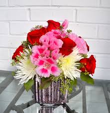florist baton sweetheart cube in baton la flower therapy florist