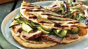 que cuisiner avec des courgettes sandwichs au porc avec courgettes marinées express recettes iga