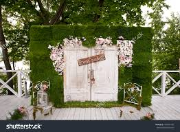 photobooth for wedding rustic wedding photo booth backdrop penelusuran wedding