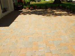 Sealing A Paver Patio by Paver Driveway Sealing For Travertine Interlocking Brick And