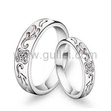 matching wedding rings for him and names written matching wedding bands for men and women