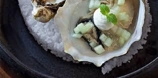 raifort cuisine huîtres poire et raifort facile recette sur cuisine actuelle
