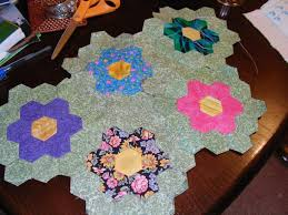 how to make your own grandmother u0027s flower garden quilt