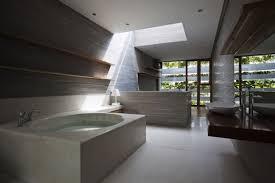 Holz Im Bad Badezimmer Interior Mit Badewanne Aus Beton Und Waschtisch Aus
