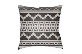 shop outdoor decor outdoor rugs pillows u0026 lanterns living spaces