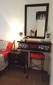 Diy Bedroom Storage Small Bedroom Spaces Vanity And Makeup Storage Ideas U2026 Pinteres U2026