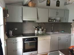 cuisine en chene repeinte cuisine rustique repeinte cuisine peinte en beige u2013 chaios
