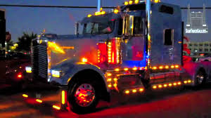 kenworth truck logo kenworth semi truck showing lights semitruckgallery com youtube