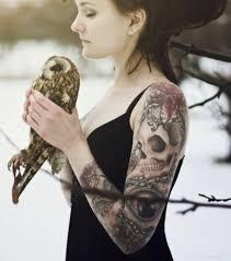 tatouage femme avant bras tatouage femme 50 idées de modèle tatouage pour les parties du corps