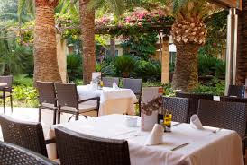 Hostal El Patio by Hotel R Best Hotel Deal Site