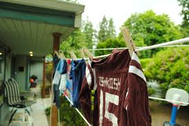 easy diy clothesline page turners hollow