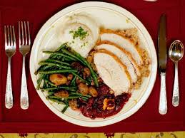 tips for staying civil at your thanksgiving dinner table