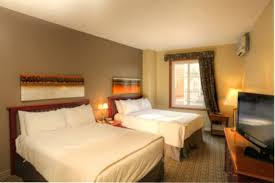chambre d hotel avec le deslauriers other accommodations mont tremblant tremblant