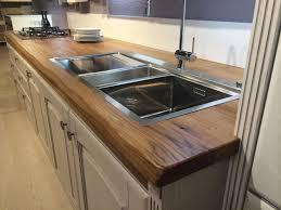 cuisine plan de travail en bois plan de travail bois conception massif creathome24 4 tupimo com