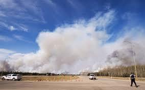 Canada Wildfire Smoke Usa by Canada Fire U0027out Of Control U0027 Wildfire In Alberta Canada Doubles