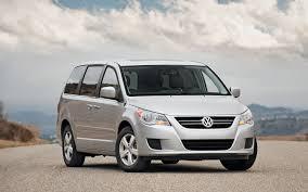 volkswagen minivan routan 2010 volkswagen routan sel long term verdict truck trend