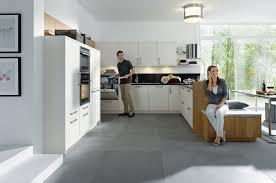 cuisine en couloir accueil cuisines couloir cuisines couloir