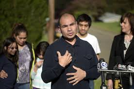 connecticut casual barrios gets 30 day reprieve on deportation order hartford courant
