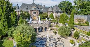 gatsby mansion the dicaprio code great gatsby mansion and wolf of wall street