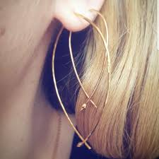 hammered hoops stella dot large and small and gold wire hammered hoops
