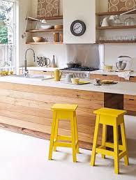 cuisine jaune et blanche cuisine jaune décoration cuisine jaune