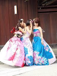 kimono wedding dress is a stunning and easy diy for japanese nuptials