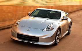 nissan 370z nismo wallpaper quality pictures of the nissan 370z japanese sports car