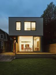 aluminium louvres screen facade of toronto home by paul raff