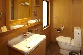 the maharajas train tour treasures of india package