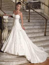 designer wedding gown designer wedding dress biwmagazine