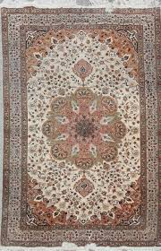 Rug Auctions Selections From Liz Claiborne Estate In Roland Auctions Ny Sale June 3