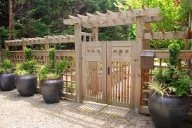 Country Backyards Wooden Fence Designs Hgtv
