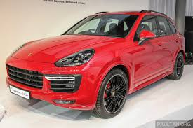2017 porsche cayenne gts price porsche sells 200 000 cars in a year for the first time