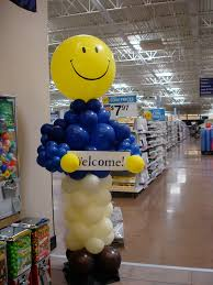 balloon delivery knoxville tn balloon buddy sculpture balloon delivery above the rest