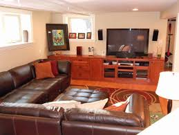 Stacey Leather Sectional Sofa Who Is The Manufacturer Of This Leather Sectional