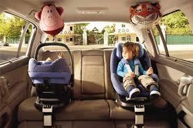 siege auto bebe a partir de quel age siège enfant ou rehausseur quand faut il changer