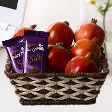 Healthy Food Gift Baskets Healthy Treat For Mom U2013 Mother U0027s Day Fruit Gift Baskets By