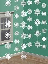 White Christmas Party Decorations by Best 25 Office Party Decorations Ideas On Pinterest Theme