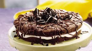 oreo cookie cake recipe bettycrocker com