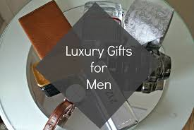 buying golf gift items for men wireless technology