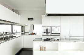cuisine moyenne gamme prix d une cuisine amenagee cuisine amenagee haut de gamme cuisine
