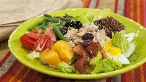 cuisine nicoise tuna and quinoa salad nicoise style today com