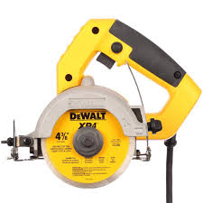 bench tile cutter dewalt 4 3 8 in wet dry hand held tile cutter dwc860w the home