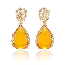 white opal earrings red carpet fire opal earrings chopard the jewellery editor